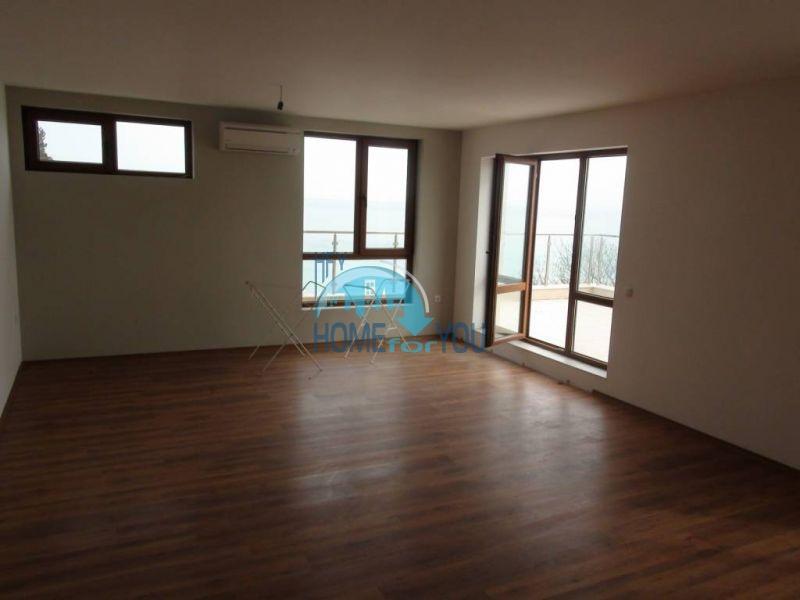 Трехкомнатная квартира с уникальной морской панорамой в городе Бяла 8