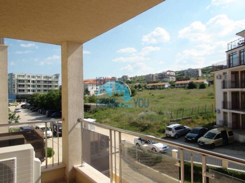 Трехкомнатная квартира на первой береговой линии в городе Бяла 17