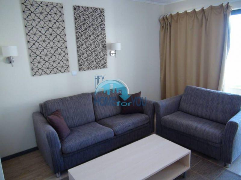 Трехкомнатная квартира на первой береговой линии в городе Бяла 5