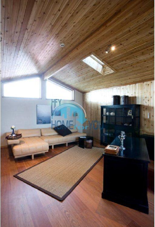Уникальный дом из канадского красного кедра 17