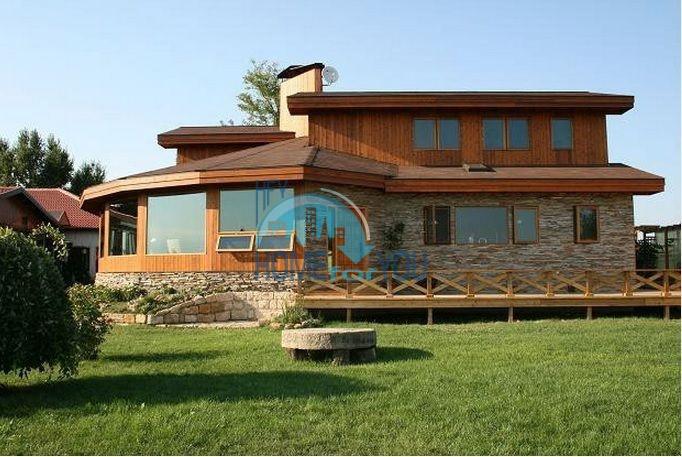 Уникальный дом из канадского красного кедра