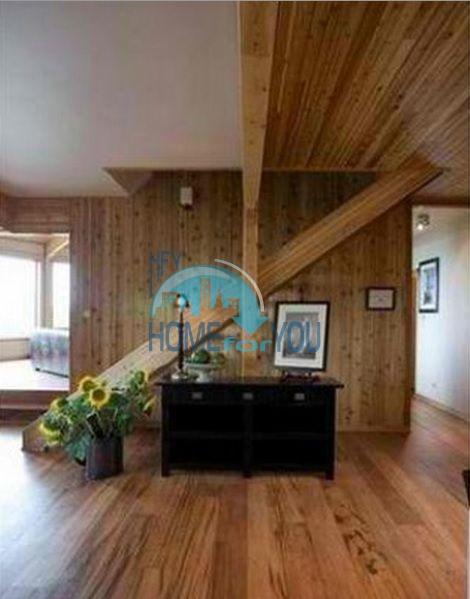 Уникальный дом из канадского красного кедра 14