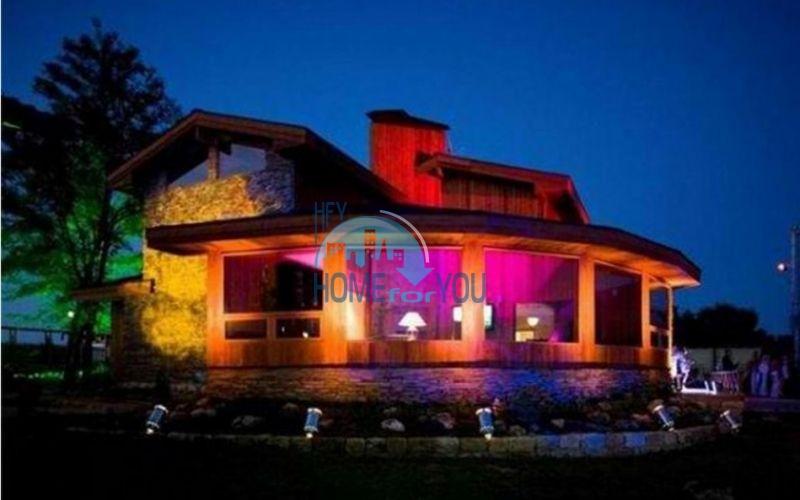 Уникальный дом из канадского красного кедра 5