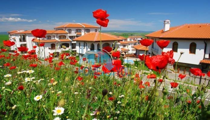 Капитальный дом для ПМЖ с видом на море в 15 минутах от Бургаса 24