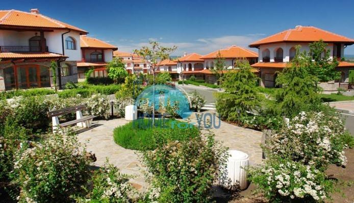 Капитальный дом для ПМЖ с видом на море в 15 минутах от Бургаса 25