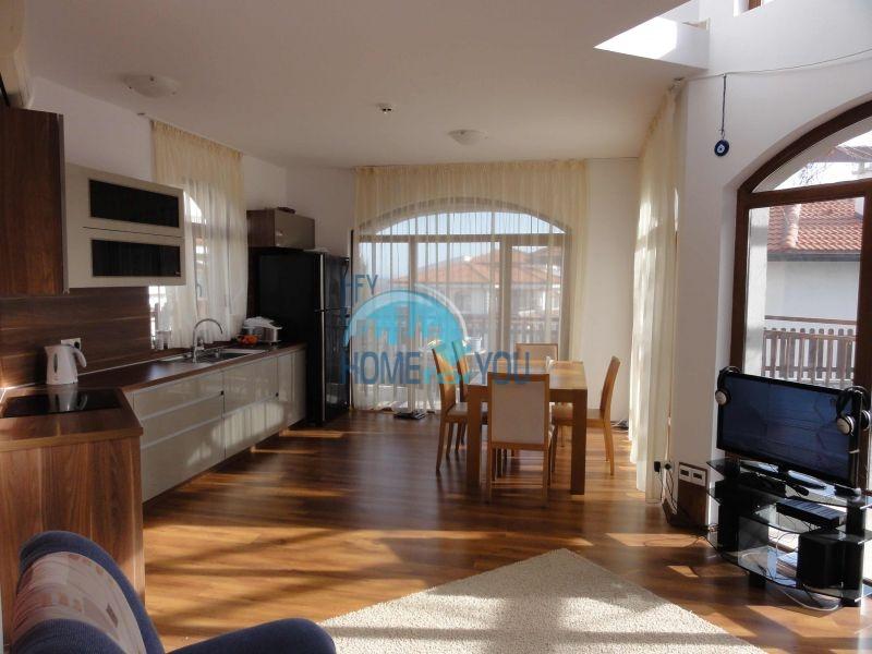 Капитальный дом для ПМЖ с видом на море в 15 минутах от Бургаса 2