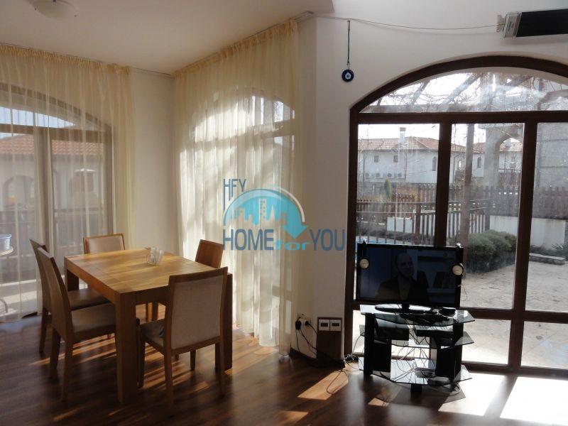 Капитальный дом для ПМЖ с видом на море в 15 минутах от Бургаса 6