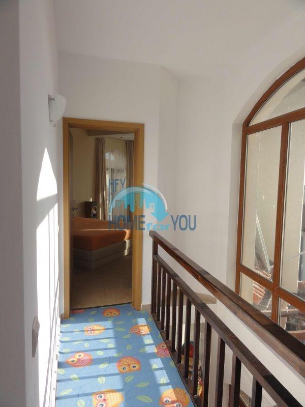 Капитальный дом для ПМЖ с видом на море в 15 минутах от Бургаса 17