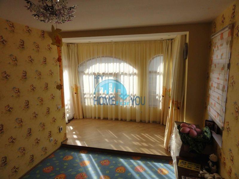 Капитальный дом для ПМЖ с видом на море в 15 минутах от Бургаса 19
