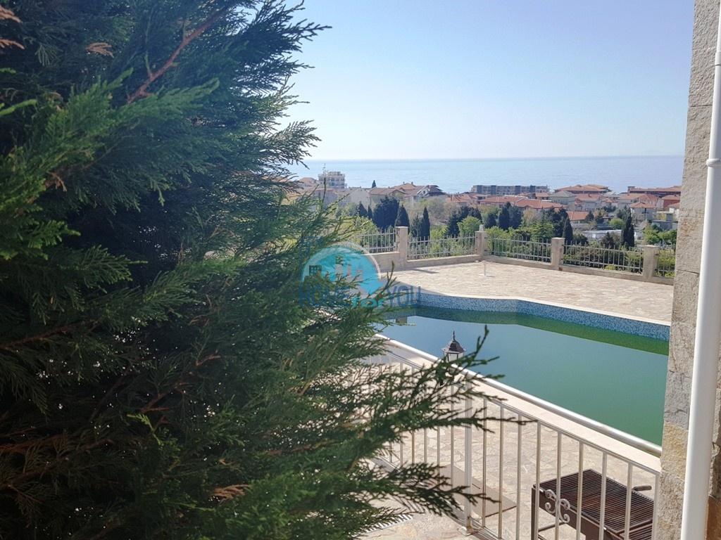 Святой Влас, комплекс ,,Орхидея''. Солнечная студия с видом на море.