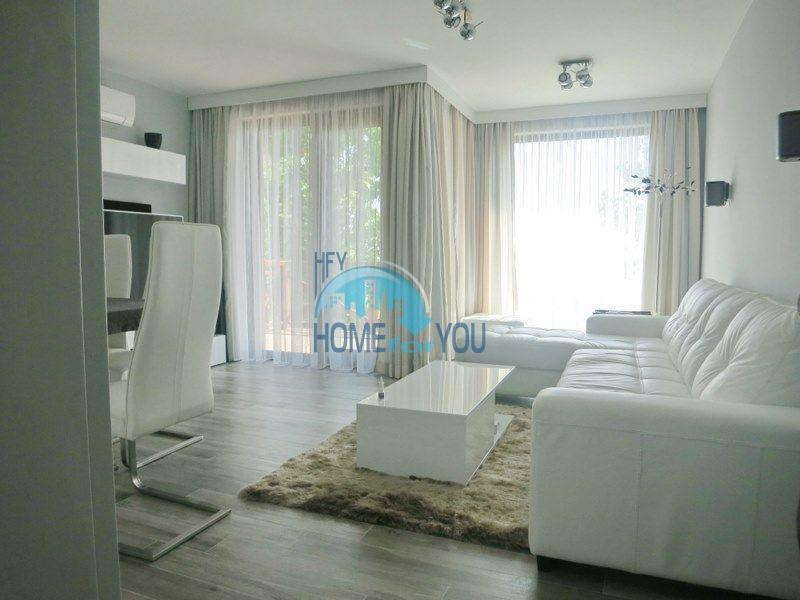 Элитная квартира с видом на море в курорте Лозенец