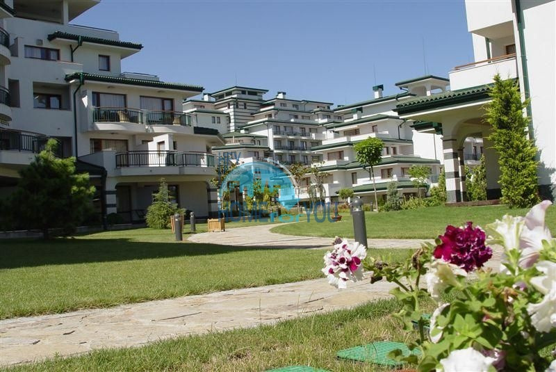 Комплекс Emerald Beach Resort and SPA на первой линии в Равде 10