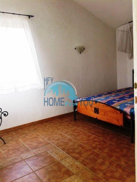 Трехэтажный меблированный дом для продажи у моря в Черноморец 9
