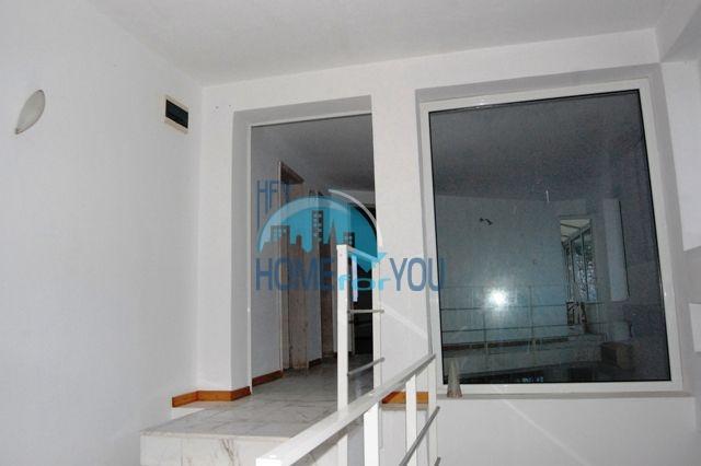 Трехэтажный меблированный дом для продажи у моря в Черноморец 6
