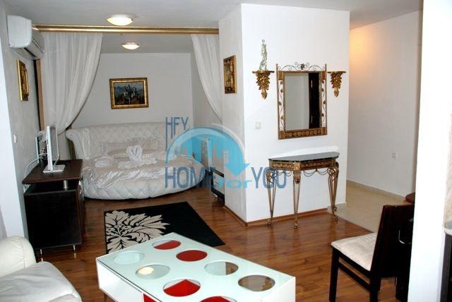 Меблированные квартиры в комплексе Элегант Люкс в Банско