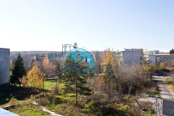 Апартаменты и студии для продажи в новом жилом здании в центре курорта Приморско 5