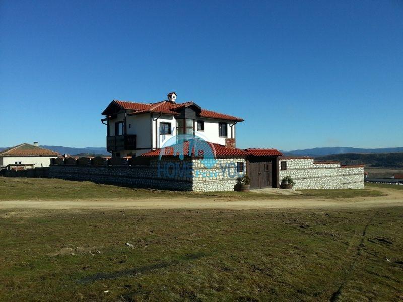 Элитный капитальный дом в 5 км от Банско - для ПМЖ