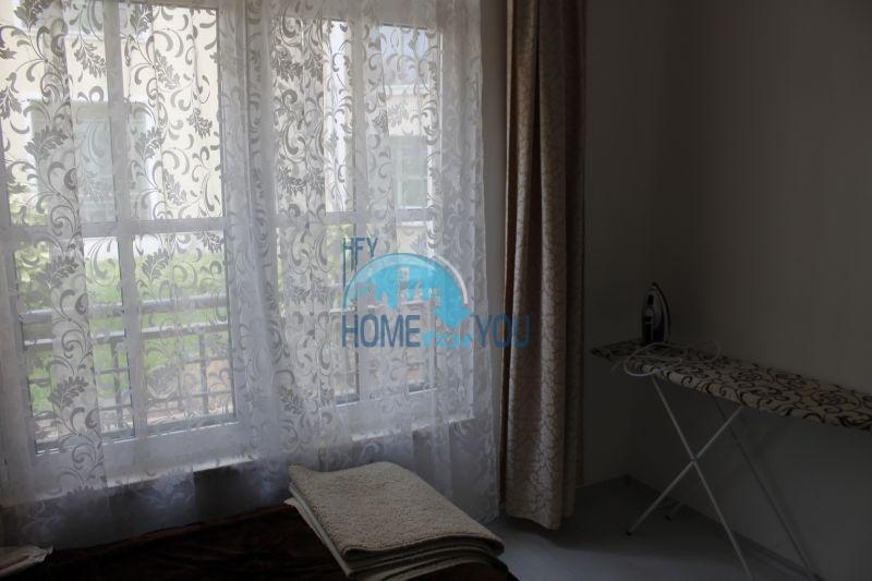 Двухкомнатная квартира на первой линии в г. Черноморец 17
