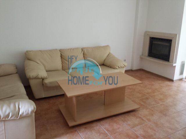 Продажа двухэтажного дома в горах курорта Банско