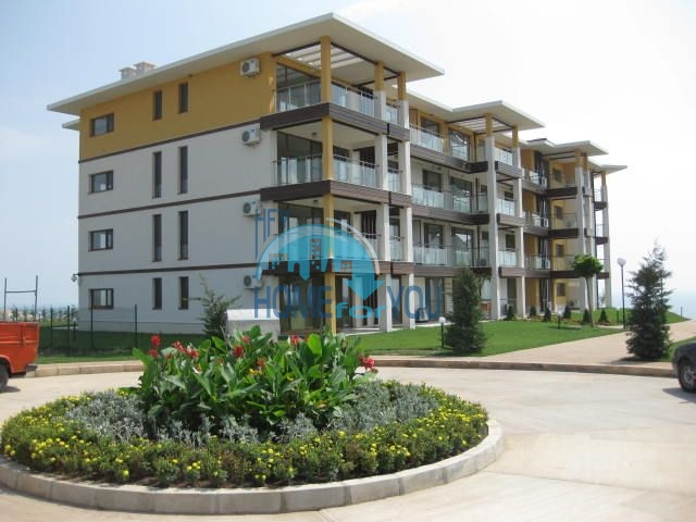 Квартиры с видом на море около курорта Каварна - July Morning 8
