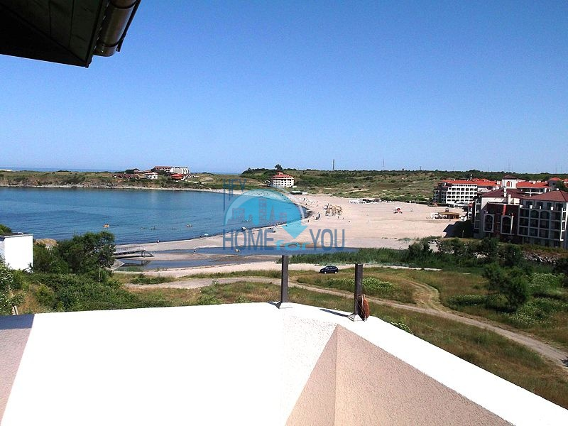 Двухкомнатная квартира для продажи в 150 м от моря в Царево 11