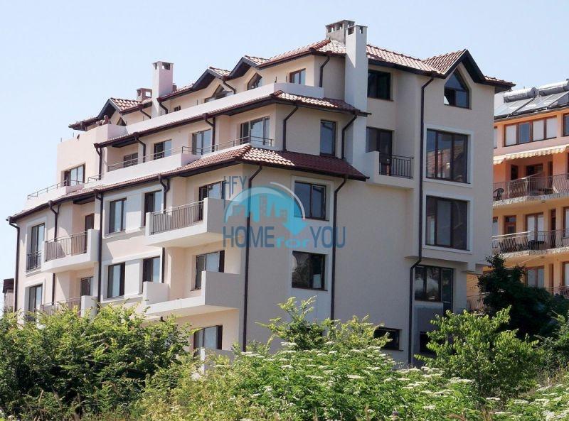 Двухкомнатная квартира для продажи в 150 м от моря в Царево 3