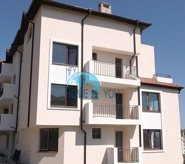 Двухкомнатная квартира для продажи в 150 м от моря в Царево 6