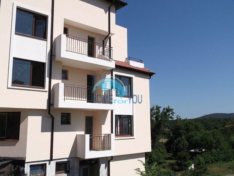 Двухкомнатная квартира для продажи в 150 м от моря в Царево 7