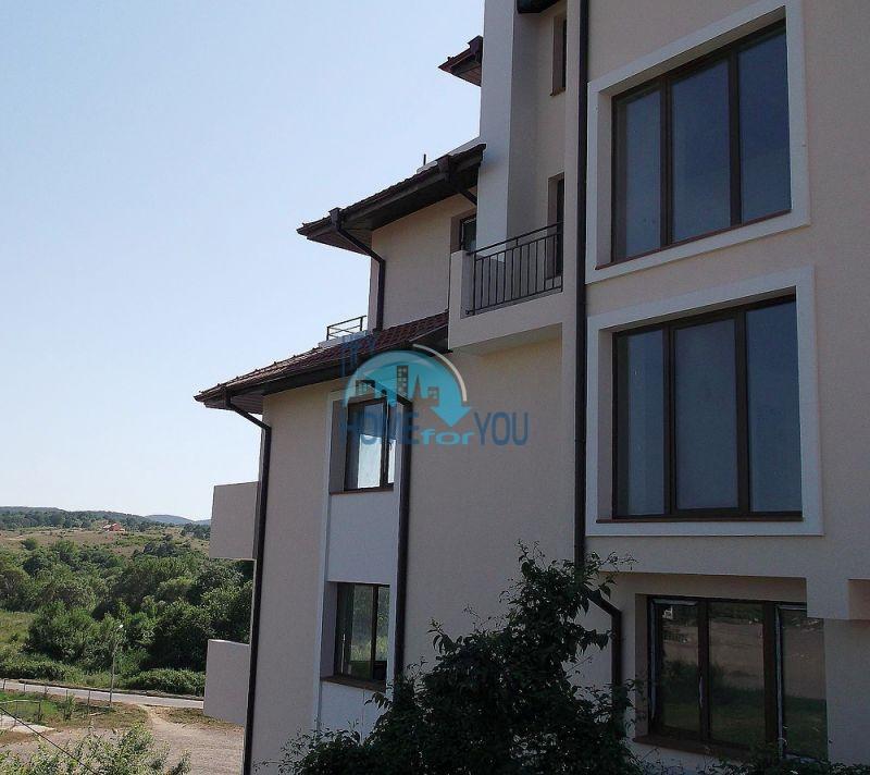 Двухкомнатная квартира для продажи в 150 м от моря в Царево 8