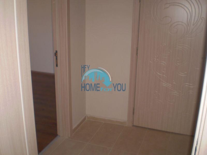 Двухкомнатная квартира на первой линии моря в Сарафово 12