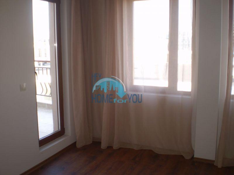 Двухкомнатная квартира на первой линии моря в Сарафово 3