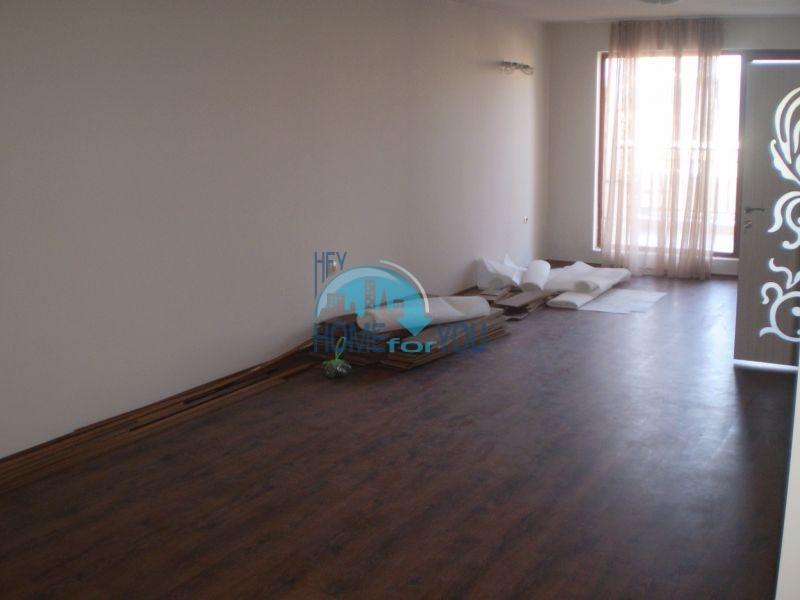 Двухкомнатная квартира на первой линии моря в Сарафово 5