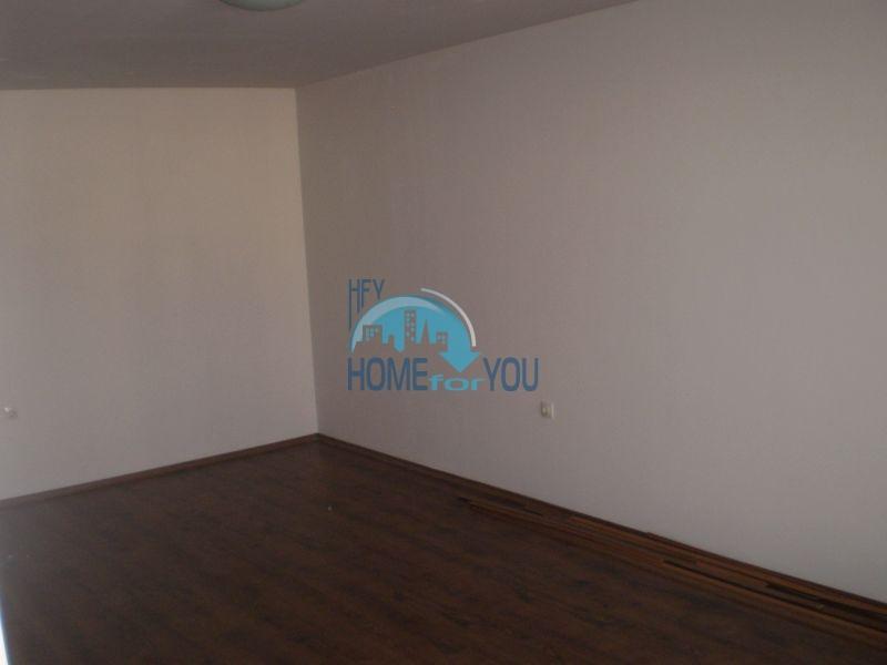 Двухкомнатная квартира на первой линии моря в Сарафово 7