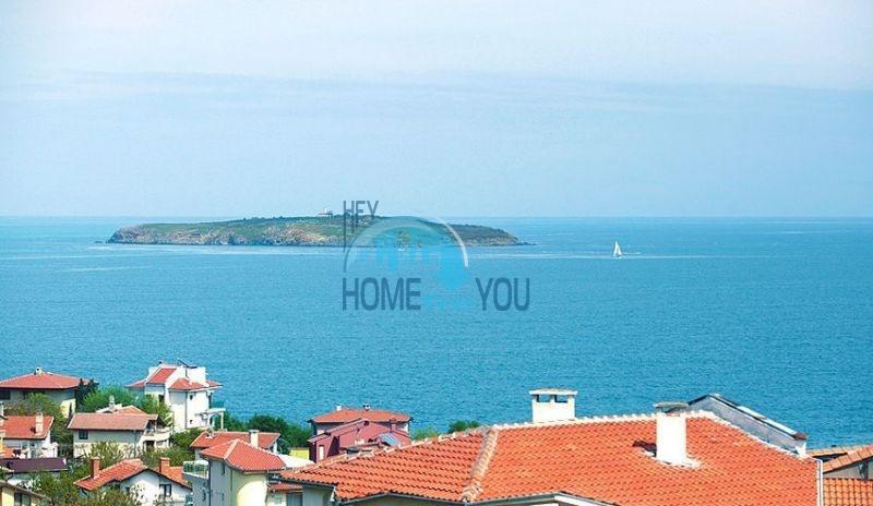 Трехэтажный меблированный дом с видом на море в Черноморце 14