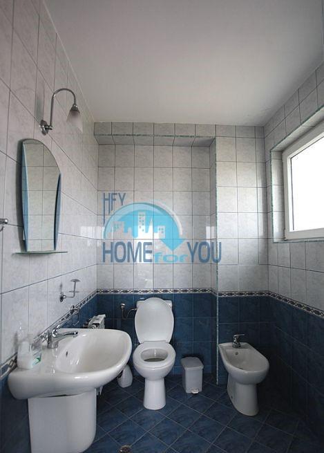 Трехэтажный меблированный дом с видом на море в Черноморце 8