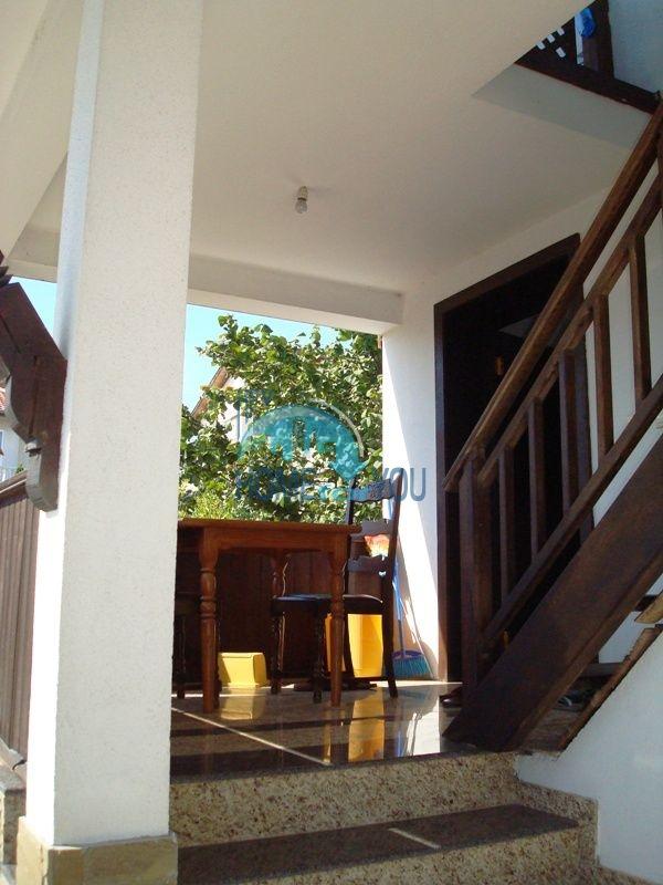 Меблированный двухэтажный дом у моря в курорте Черноморец 12