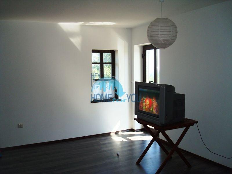 Меблированный двухэтажный дом у моря в курорте Черноморец 19