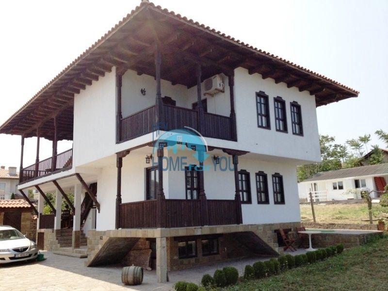 Меблированный двухэтажный дом у моря в курорте Черноморец 2