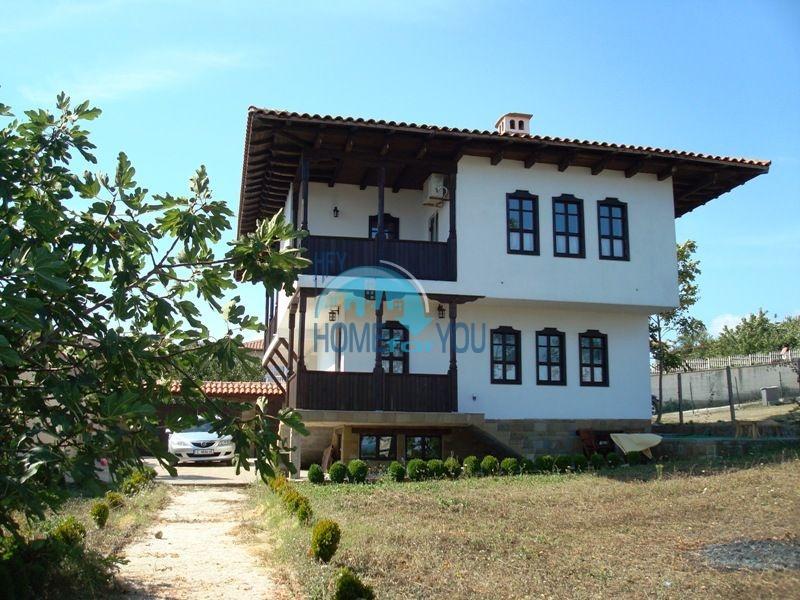 Меблированный двухэтажный дом у моря в курорте Черноморец 3