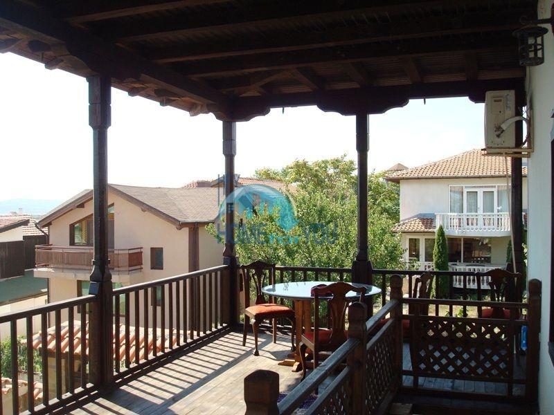 Меблированный двухэтажный дом у моря в курорте Черноморец 38