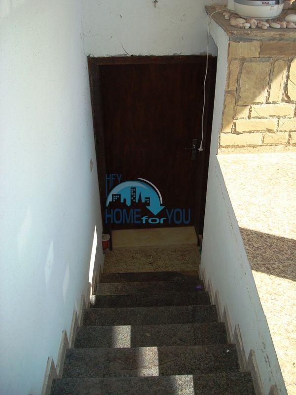 Меблированный двухэтажный дом у моря в курорте Черноморец 43