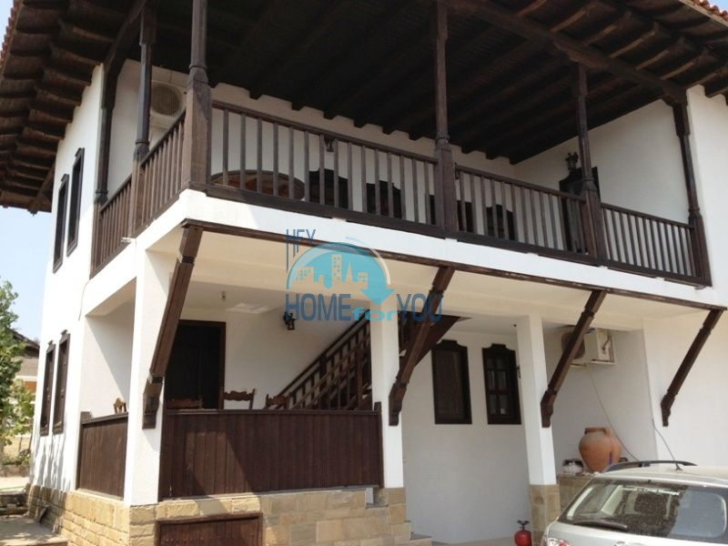 Меблированный двухэтажный дом у моря в курорте Черноморец 5