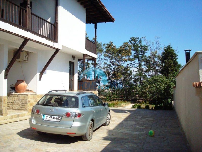 Меблированный двухэтажный дом у моря в курорте Черноморец 6