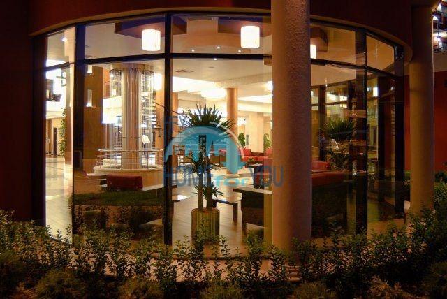 Продажа квартир на первой линии в курорте Несебр 11