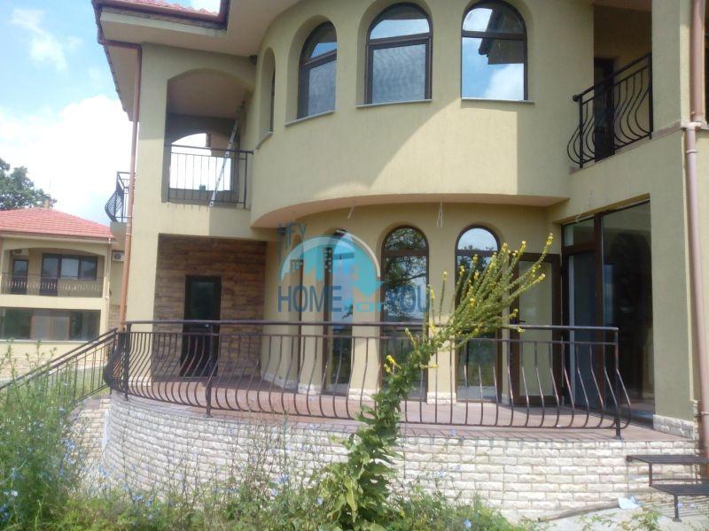 Новый готовый дом для постоянного проживания в с. Паницево 3