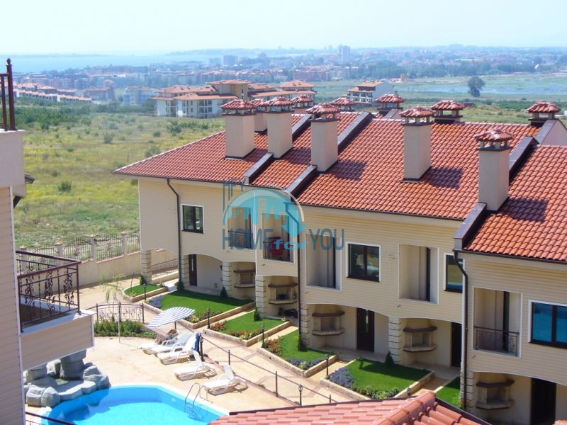 Недвижимость на южном побережье Болгарии - таунхаус рядом с с. Кошарица