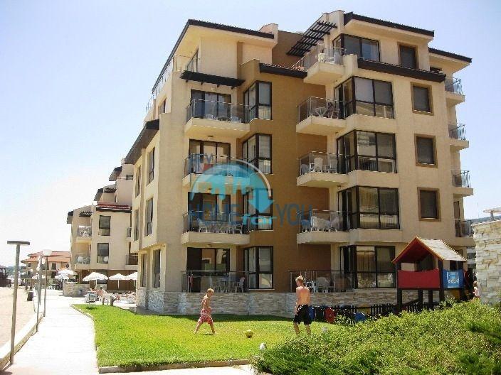 Продаются квартиры на первой линии моря в Обзор Бийч Резорт 6