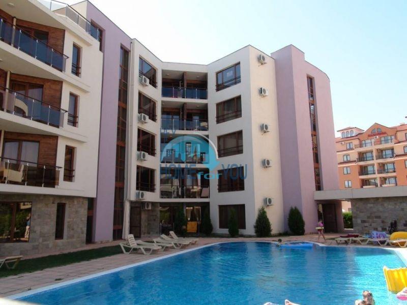 Большая трехкомнатная квартира в комплексе на Солнечном берегу