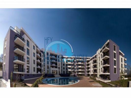 Апартаментите в работещ комплекс разположен в природен парк в Златни пясъци