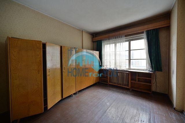 Многокомнатная квартира на продажу в центре города София 4